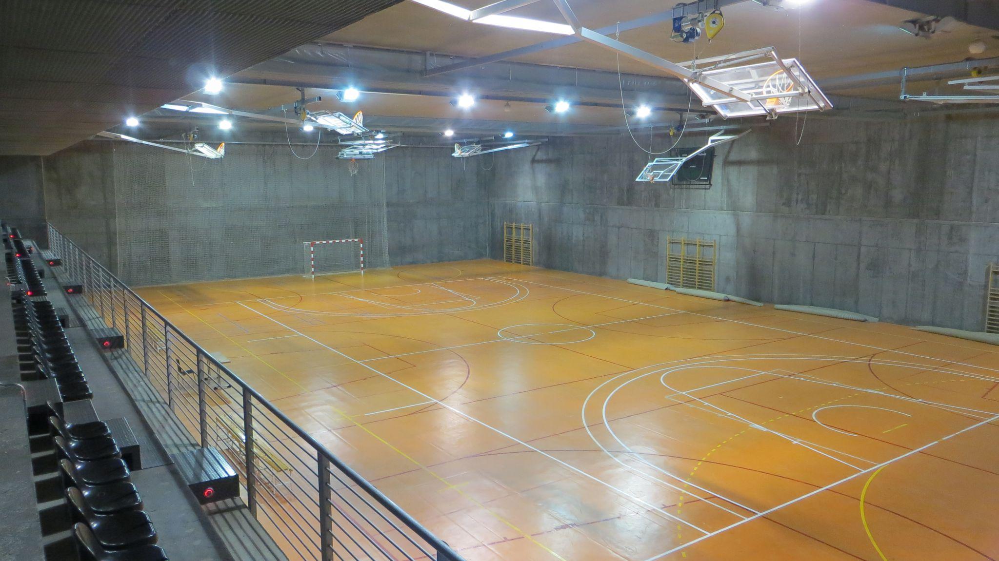 Pabell n polideportivo duquesa villahermosa centro for Tarifas piscinas municipales zaragoza